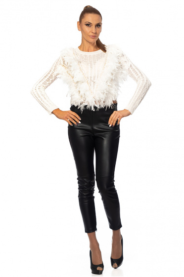 Ladies sweater with feathers and pearls