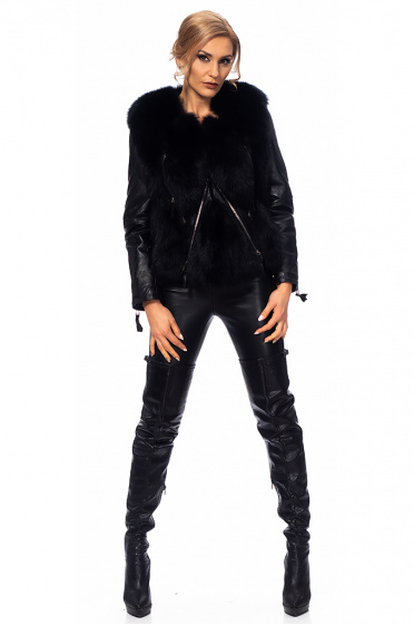 Ladies leather jacket with fox hair