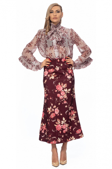 Ladies shirt with floral motif