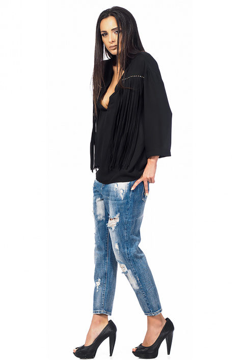 Ladies shirt with tassels