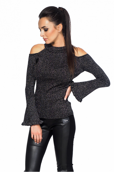Ladies blouse with bare shoulder