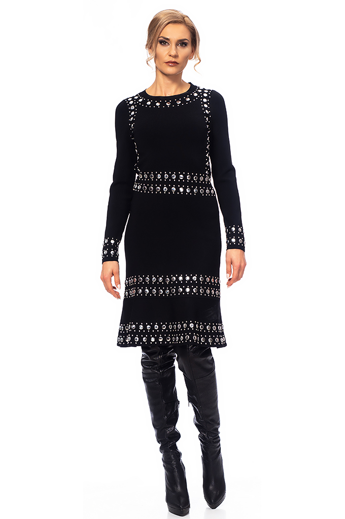 Ladies knitted dress with caps